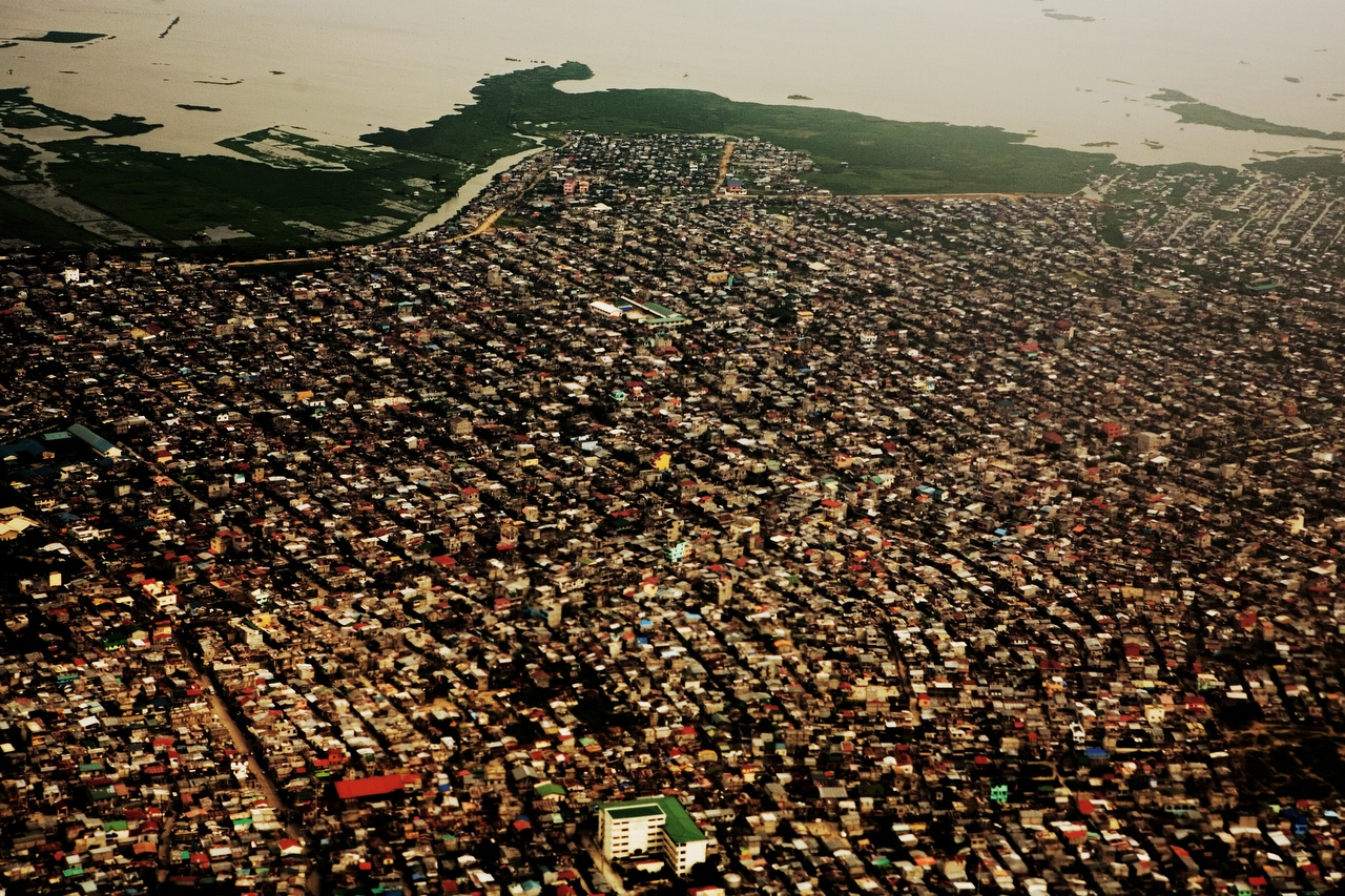 What is a good thesis for a research paper on overpopulation?